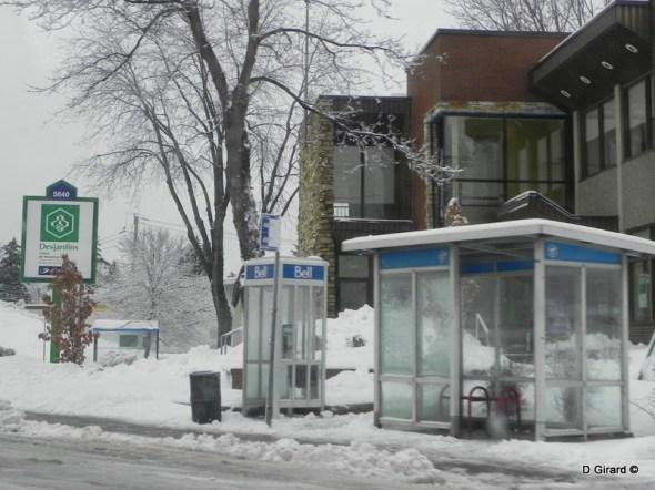 arrêt d'autobus