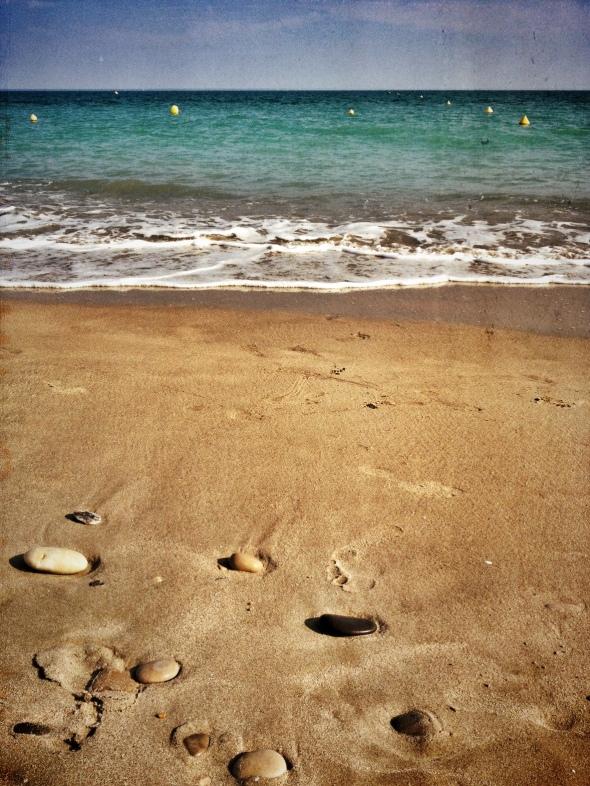 Louise Imagine et le sable