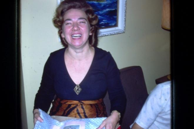 maman 1976 souvenirs retouch